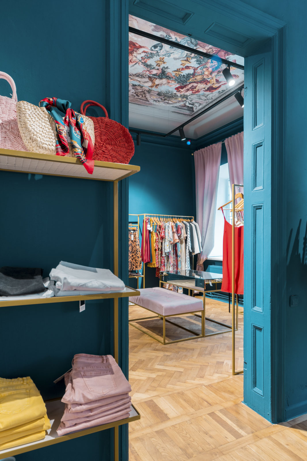 design interior showroom Florence