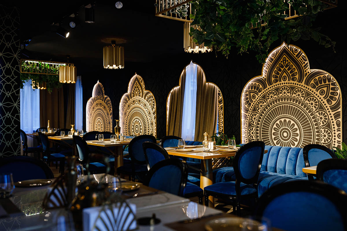 Restaurant decor with chairs in blue shades