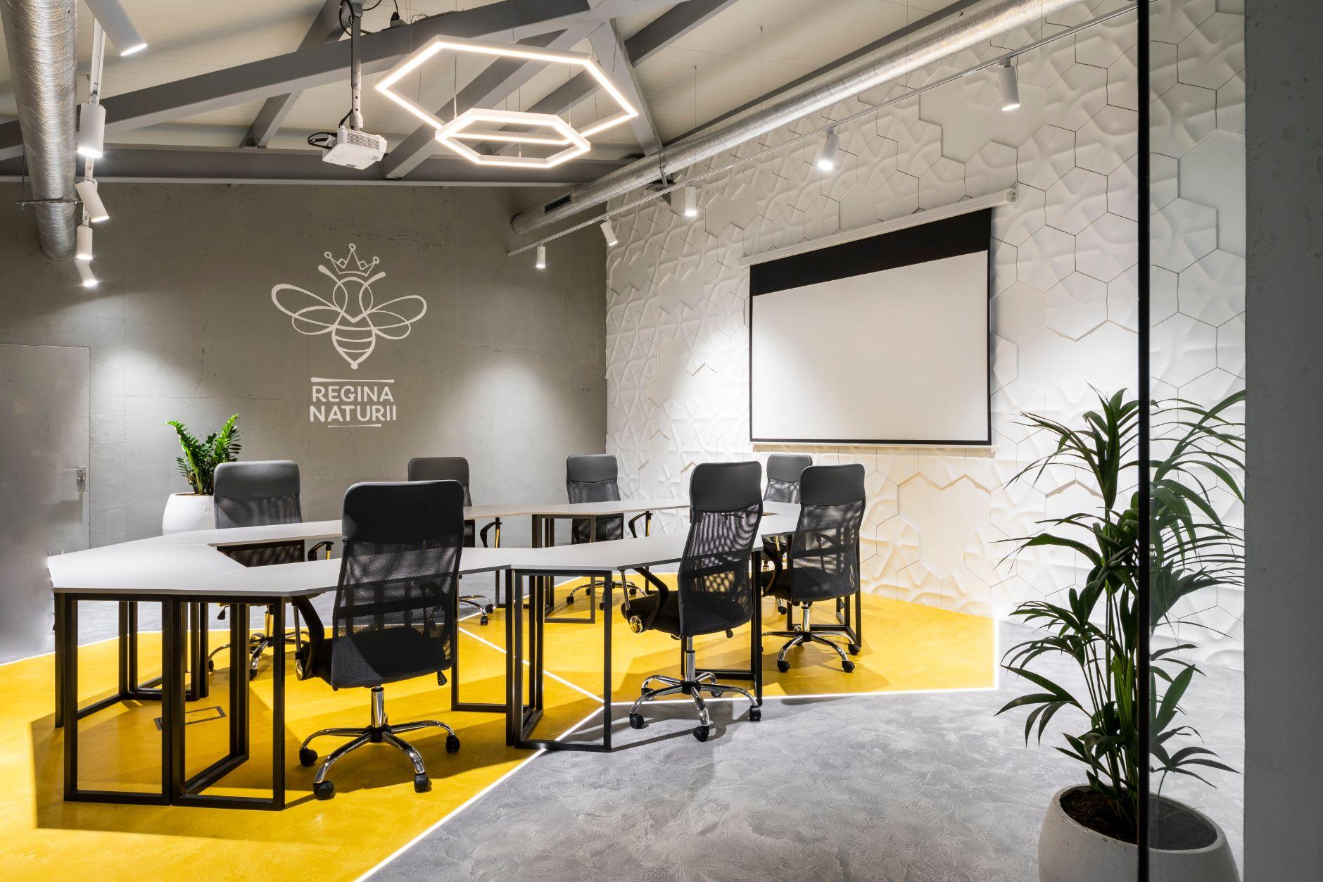"""Cum remodelezi fața unei afaceri de succes? Despre redesign-ul de la """"Regina Naturii"""", o poveste AB + Partners"""