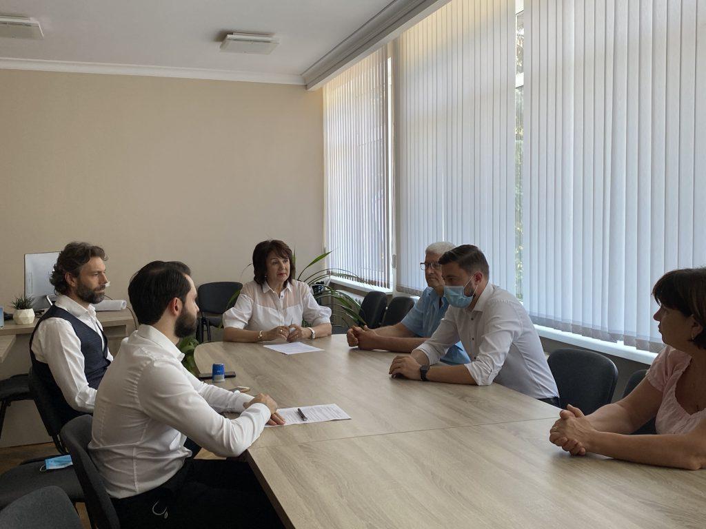 """Acord între """"Chișinău Proiect"""" și AB+Partners, menit să dezvolte capitala"""