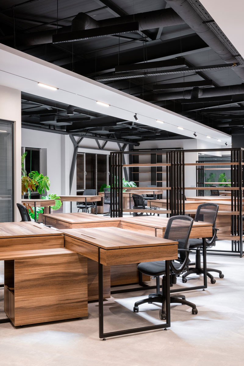 Sapico - oficiu open space cu un design de interior confortabil care incurajează comunicarea si transparenta.