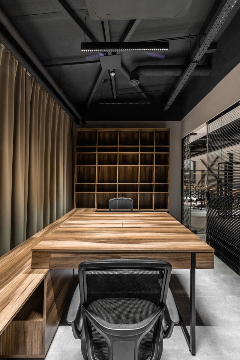 Amenajare interioare din lemn, proiect de la biroul de arhitectura ab+partners